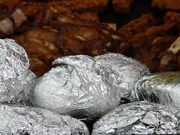 Folienkartoffeln zubereiten